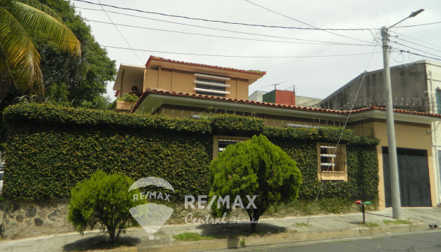 FOR SALE HOUSE, COL. FLOR BLANCA