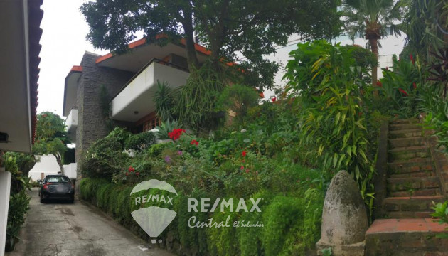 "BEAUTIFUL HOUSE FOR SALE ""COLONIA ESCALON"""