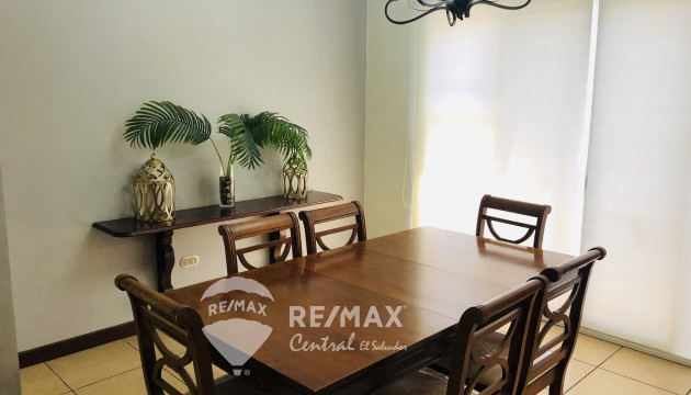 HOUSE FOR RENT IN COLONIA SAN BENITO