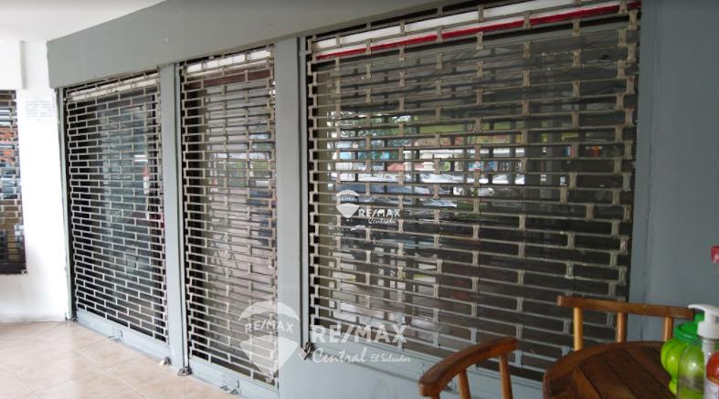 Remax real estate, El Salvador, Antiguo Cuscatlan, FOR RENT LOCAL IN PLAZA MONTE ELENA