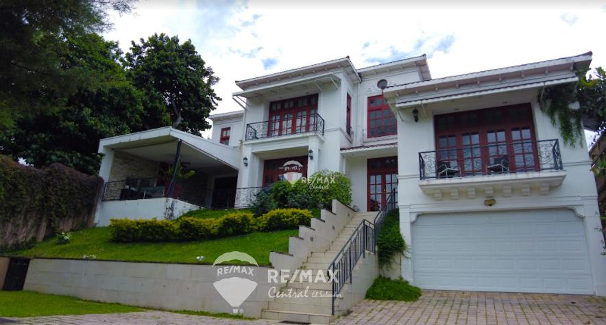 Remax real estate, El Salvador, Santa Tecla, BEAUTIFUL HOUSE FOR SALE - RESIDENCIAL LA MONTAÑA 1