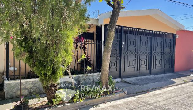 Residencia en venta, senda privada San Juan Montebello 🌲