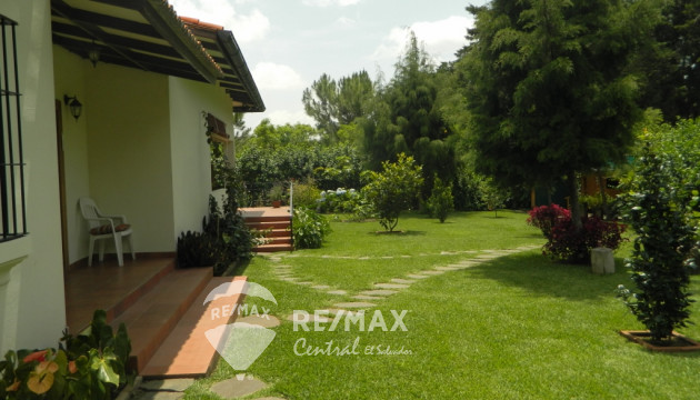 HOUSE FOR SALE IN PRIVATE COMMUNITY, ATACO