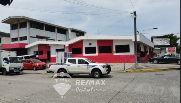 FOR RENT COMMERCIAL BUILDING  IN SANTA TECLA