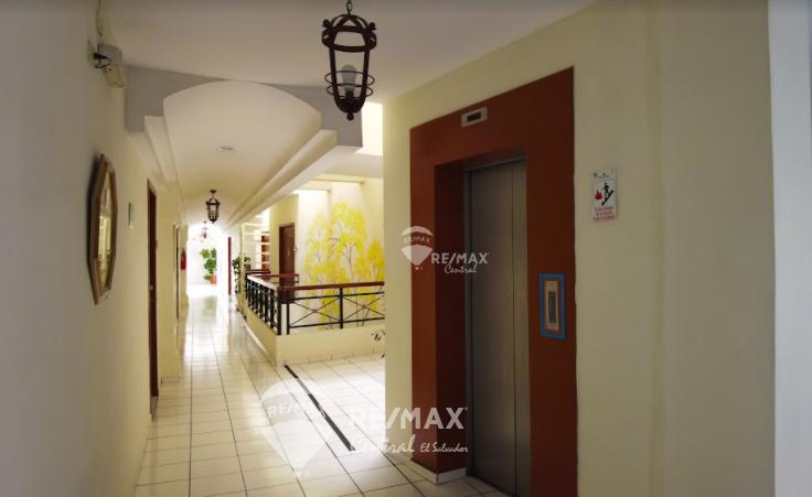 Remax real estate, El Salvador, San Salvador, Office