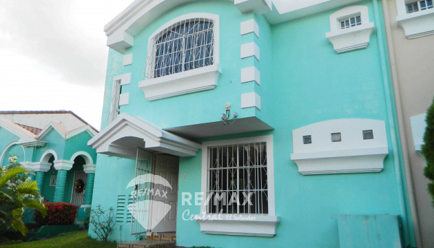 TWO-LEVEL HOUSE FOR SALE IN PRIVATE RESIDENTIAL PASATIEMPO SUR CARRETERA A SANTA ANA