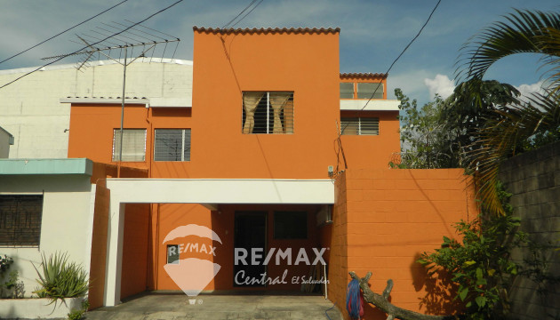 FOR SALE HOUSE, SANTA TECLA VILLA CAMILA